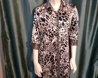 Size S Long Blouse./Animal Print Blouse/90,s Long Shirt/Satin Long Top/Beige and Black Animal Print Tunic/Chico's Long Top/No.307