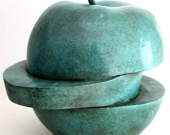 Green Apple Bronzesculpture Hommage to Dalí and Magritte Bronze Sculpture Limited Edition German Artist