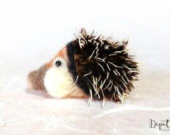 Needle felted Hedgehog Ciro