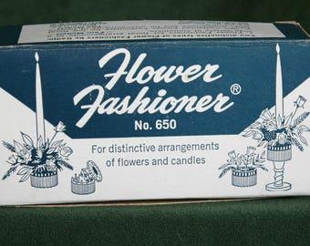 Vintage Flower Fashioner No. 650, Floral Frog, Flower arrangement