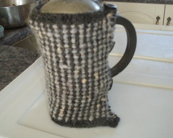 Coffee cosy for a 4 cup cafetiere