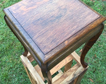 Vintage Oak plant stand, End Table, Small Table,Splayed Legged Table