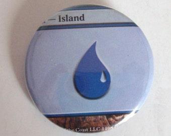 "1.5"" Magic the Gathering Mana Island Button"