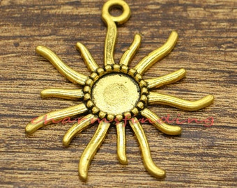 10pcs Sun Shaped Pendant Trays Bezel Settings Antique Gold Tone 50x45mm holds 12x12 Cabochons cf0591