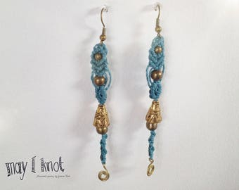 Macramé earrings blue with gold spiral and brass beads
