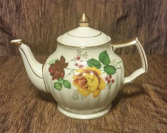 Sadler teapot, yellow and red roses, made in England, free shipping