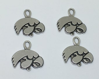 4 Iowa Hawkeye Charms * Antique sliver plated Zinc alloy Fun charm for theme projects