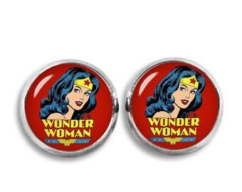 Wonder Woman Stud Earrings Wonder Woman earrings Comics Fandom Jewelry Cosplay Fangirl Fanboy