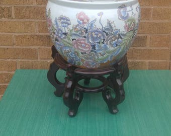 Chinese Great Qing Qianlong Period Signed Fish Bowl (stand priced separately)