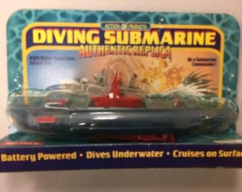 Diving Submarine - WW II Balao/Gato Class Attack Submarine