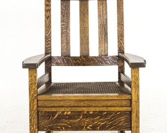 B644 Vintage Arts and Crafts Mission Oak Rocking Chair in Tiger Oak