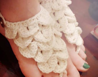 Crocodile Stitch Crocheted Barefoot Sandals