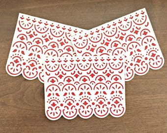 Scalloped Red & White Blank Card