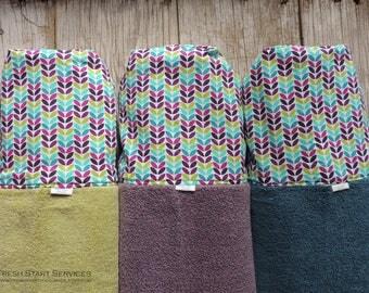 Geometic Leaf Hooded Towel - Personalized Beach Towel - Kids Towels - Personalized Hooded Towel - Hooded Bath Towel -  Kids Beach Towels -