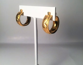Vintage Gold Tone Hoop Earrings, Pierced Ears, Gold Tone Earrings, Gold Earrings, Earrings, Jewelry, Vintage Jewelry, Gifts for Her, Vintage