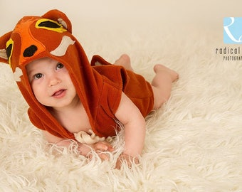 Photographers Photo Prop,Sitter style Fox with face on hood,sleeveless,short leg,self tie at open neck.Easy to pull on baby boy/girl.Unisex.