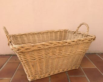 Basket Wicker Rattan 2 Handle Laundry Basket Farm House vintage french 27031713