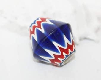 Chevron bead - Murano glass - trade bead - 26 x 23 mm