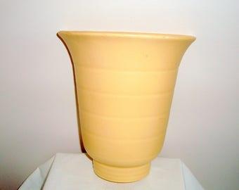 Art Deco 1930s Gray's Pottery Cream Wall Pocket Vase