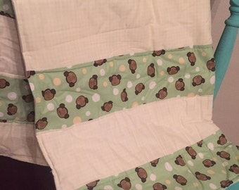 Monkey Baby Quilt. Homemade baby quilt. Baby quilt blanket.
