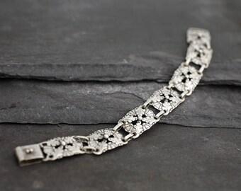 Vintage Scandinavian Silver Oak Leaf Bracelet with Finnish Hallmarks for 1935
