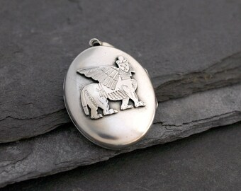 Antique Victorian Sterling Silver Locket with an Assyrian Winged Lamassu Lion Statue