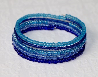 Beautiful Blue Beaded Bracelet on Comfortable Oval Memory Wire