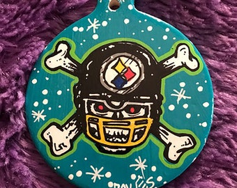 ORNAMENT - Steelers Skull and Cross Bones Ornament