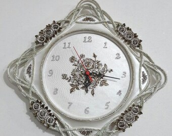 Wall Clock - Decorative Wall Clock with Flowers and Zirconia - Home Decor