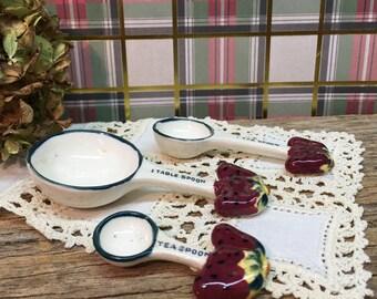 Vintage Ceramic Measuring Spoons/Strawberry/Set of Three