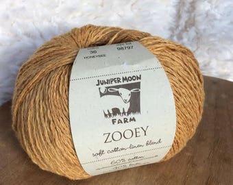 Zooey in Honeybee - Cotton Linen DK yarn - Juniper Moon Farms