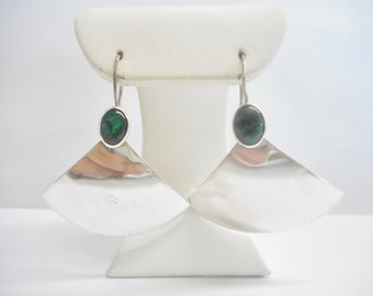 Sterling Earrings, Southwestern, Silver Drop Earrings, Vintage Sterling Silver Southwestern Oval Green Stone Fan Drop Earrings #2623