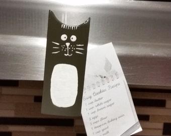 Cat magnet gift decor for kitchen fridge.