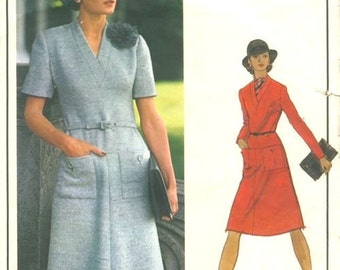 1970s Vintage VOGUE Sewing Pattern B38 DRESS (1694) By Christian Dior