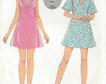 1970 Vintage Sewing Pattern B34 DRESS (R683) Style 2689