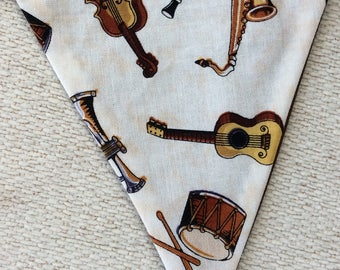 Handmade Music Room/Theme Double Sided Decorative Bunting Banner - Musical Instruments Drum, Violin, Guitar, Trumpet, Saxophone, Tamborine