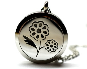 Daisy Flower Stainless Steel Essential Oil Diffuser Necklace // With Choice of 2ML Essential Oil