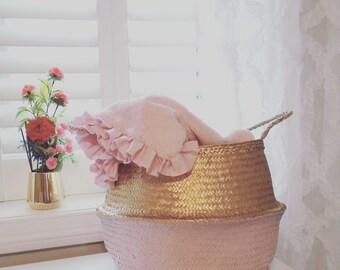 Grand panier de jonc de mer, trempé or métallisé et rose Panier Boule pépinière stockage tissé à la main teint