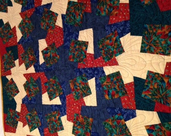 Quilt Beautifully made; wall hanging or throw
