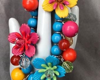 Bakelite and Lucite floral stretch bracelet