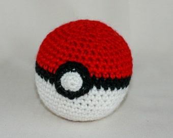 Soft pokeball - amigurumi crochet plush toy