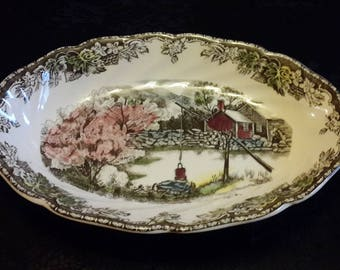 Johnson Bros. Friendly Village Small oval serving dish, the well