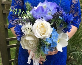 Relaxed brides bouquet, Blue bridal bouquet, Blue wedding flowers,Mixed blue bouquet,mixed blue wedding package,Cornflowers and roses