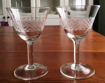 2 vintage wine Goblets