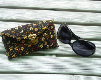 Floral Sunglasses Case,  Fabric sunglass case, Floral Spectacles case, Sunglasses holder, Sunnies Case, Eyeglass sleeve, gift for her