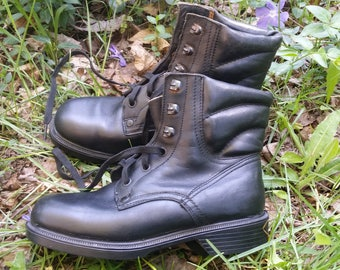 Leather boots, Combat boots, Military boots, Military shoes, Black leather shoes, Vintage boots, Women boots, Black leather boots.