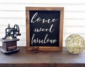 Home Sweet Farmhouse Sign // Farmhouse Style // Farmhouse Decor//Farmhouse Sign//Rustic Decor//Rustic Wood Sign//Gift for Her// Gift for Mom