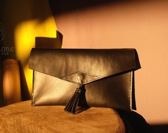 Leather handmade clutch with tassel