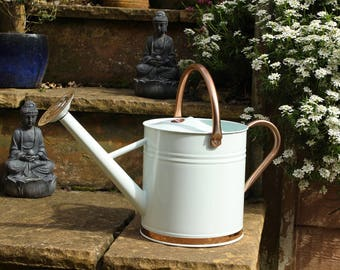 Metal watering Can 9 litre watering can in Cream