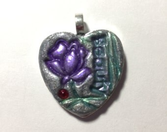 25mm Beauty Flower Heart Pendant with Jewel. Valentines